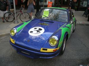 2014_Rolling_Sculpture_Car_Show_67_(1969_Porsche_911_S)